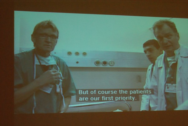ØDELA ISRAELS STRATEGI: Fredrik Græsvik mener at de norske legene ødela for Israelsk sensur under krigen på Gazastripen tidligere i år. Her vises legene i en av Græsviks reportasjer. (Foto: Elin B. Øvrebø)
