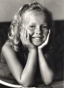 Anita som barn bilde nr. 2