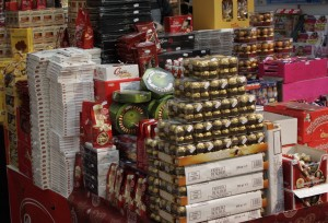 Julemarsipanen har for alvor inntatt Oslo City, og senterleder Trond Herberg, venter tidenes julehandel.