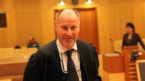 Mannens forsvarer Oscar Ihlebæk. Foto: Per Annar Holm