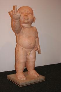 Buddah viser fingeren, utstilt på stenersensmuseet